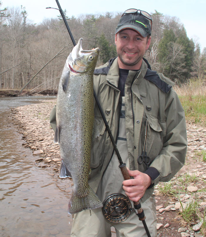 Downsizing terminal tackle for clear water great lakes for Steelhead fishing gear