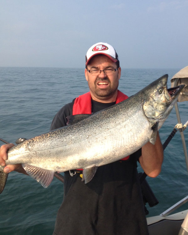 Trophy lake ontario chinook st catharines on for Salmon fishing lake ontario