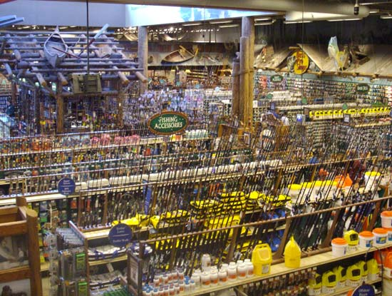 Bass pro shops eyeing up cabela s canadian sportfishing for Bass pro shop fishing