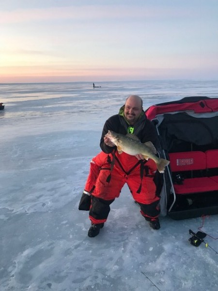 Lake erie ice fishing surprises canadian sportfishing for Lake erie ice fishing
